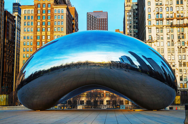 Cloud Gate sculpture at Millenium Park royalty free stock photos