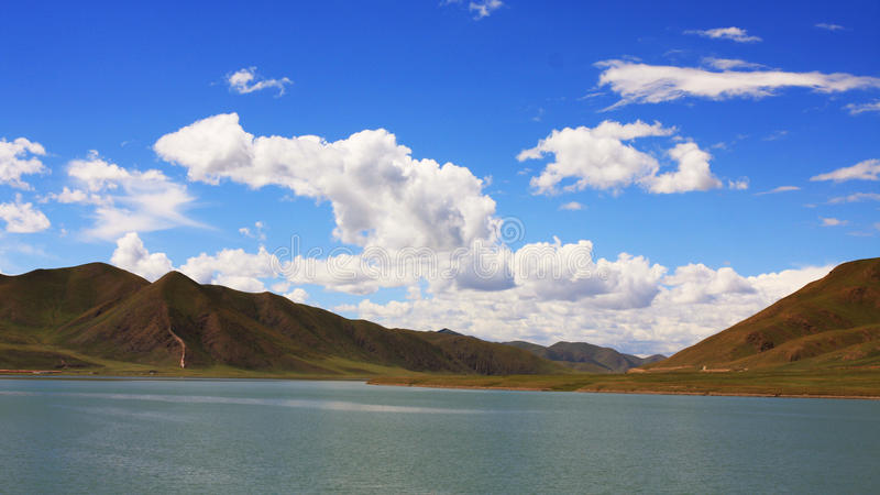 Download The Cloud And Mountain Of Tibet Stock Photo - Image: 17117222