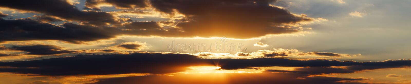 cloud panoramasolnedgången royaltyfri fotografi