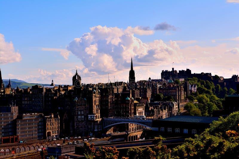 Cloude boven de Stad royalty-vrije stock afbeelding