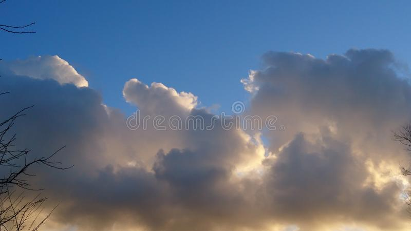 cloudly небо стоковое изображение
