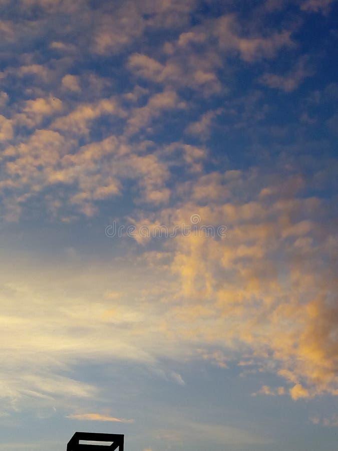Clouds& x27  χορός στοκ εικόνα