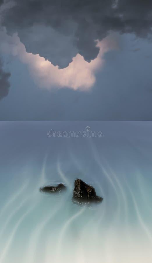 clouds det overkliga hav arkivbild
