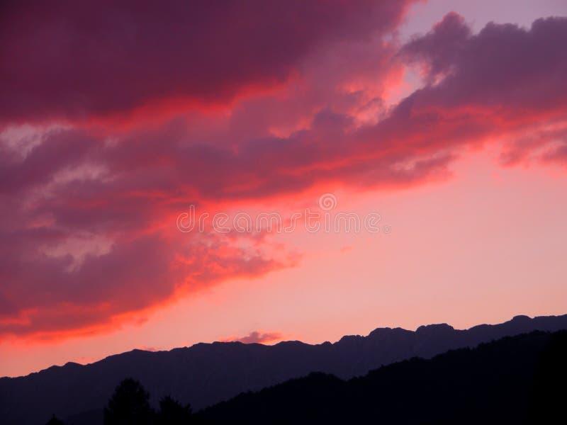 clouds red arkivbild