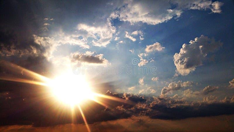 clouds skyen arkivfoto