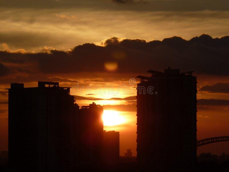 clouds solnedgång royaltyfri bild