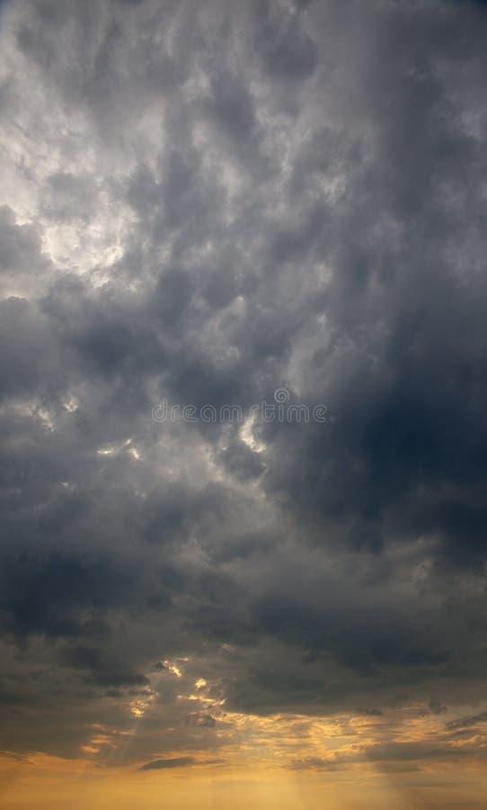 clouds stormigt royaltyfri foto