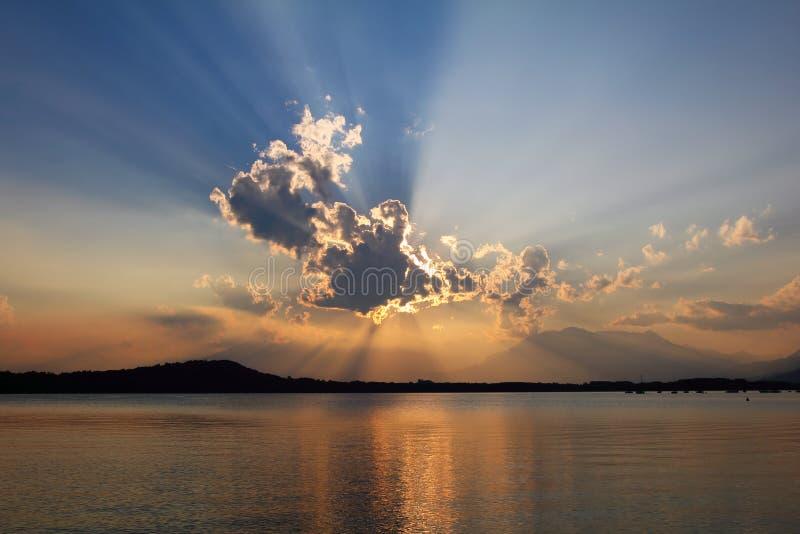 Cloudscape biblico di tramonto immagini stock libere da diritti