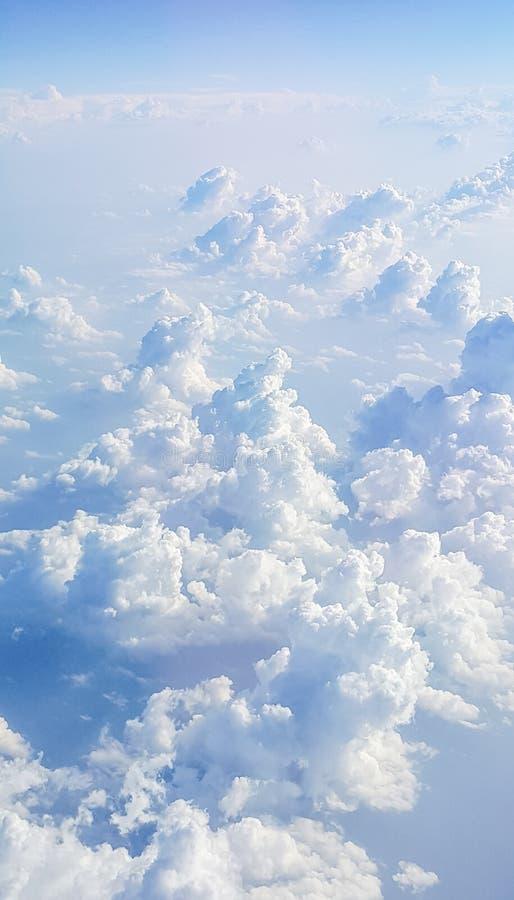 Cloudscape Blauwe hemel en witte wolk stock afbeeldingen