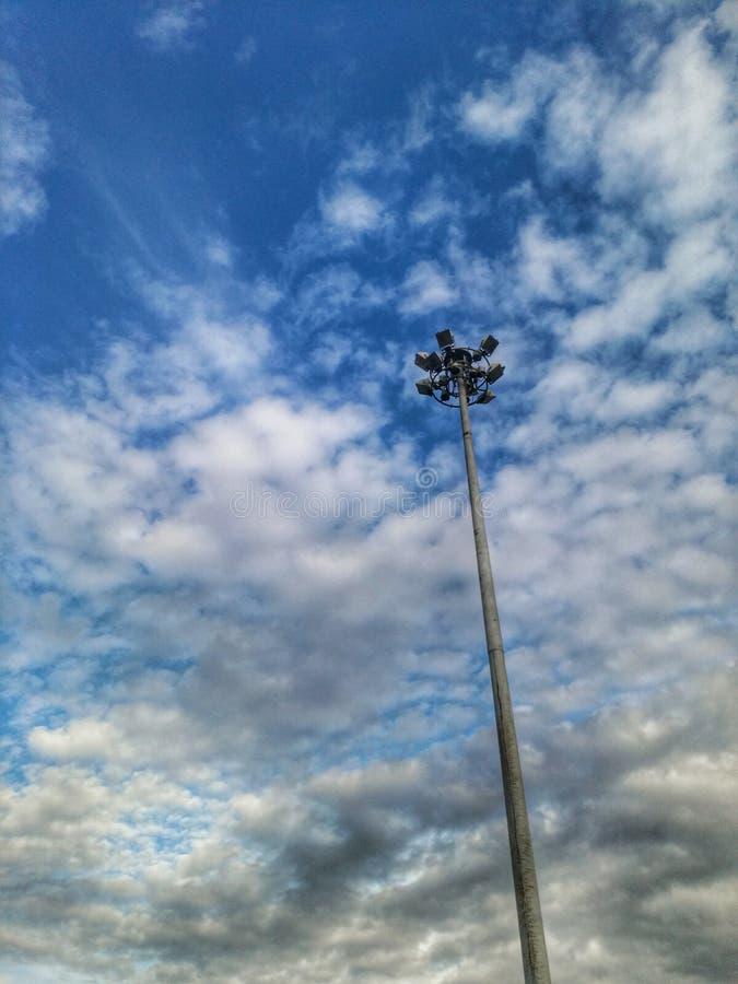 Cloudscape de bleu de ciel photos libres de droits
