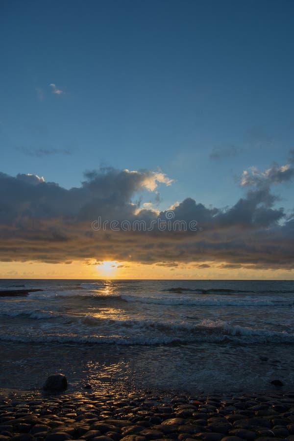 Cloudscape nad holenderski morze obrazy royalty free