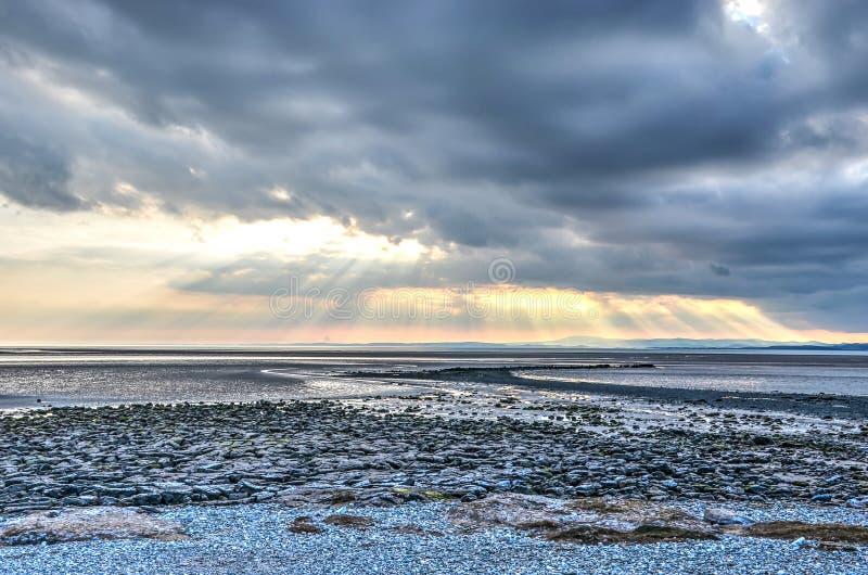 Cloudscape sobre a baía de Morecambe fotos de stock