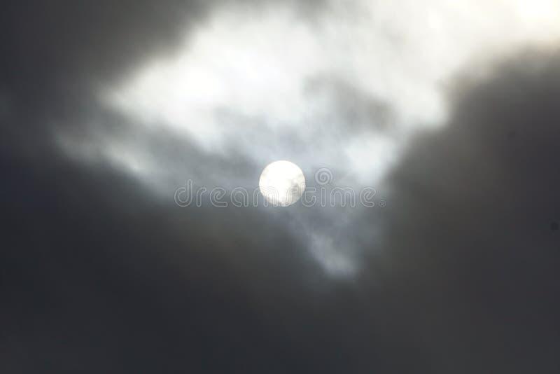 Cloudscapes belamente escuro imagem de stock