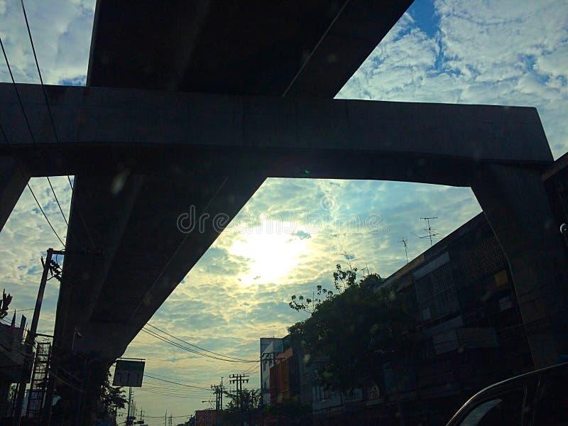 clound Bangkok de la ciudad de la calle de la silueta imagenes de archivo