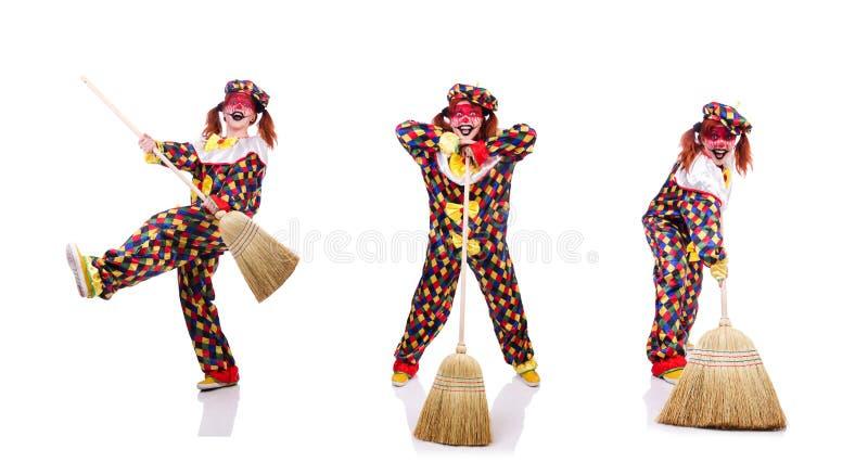 Clown mit dem Besen lokalisiert auf Wei? stockbild