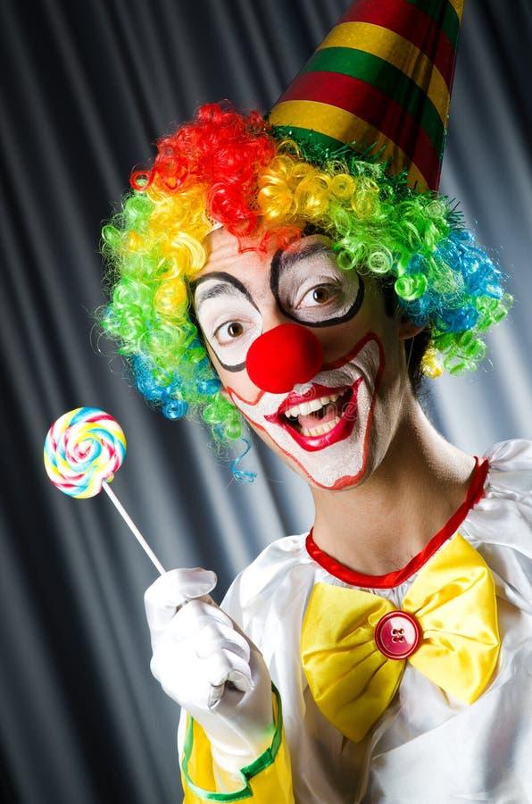 Clown mit Lutschern stockbild