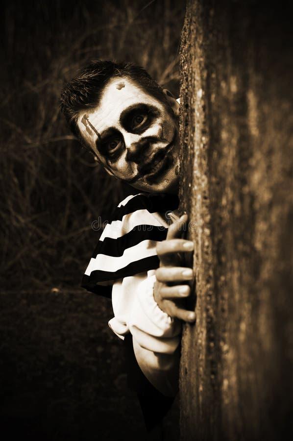 Clown rampant d'horreur image stock