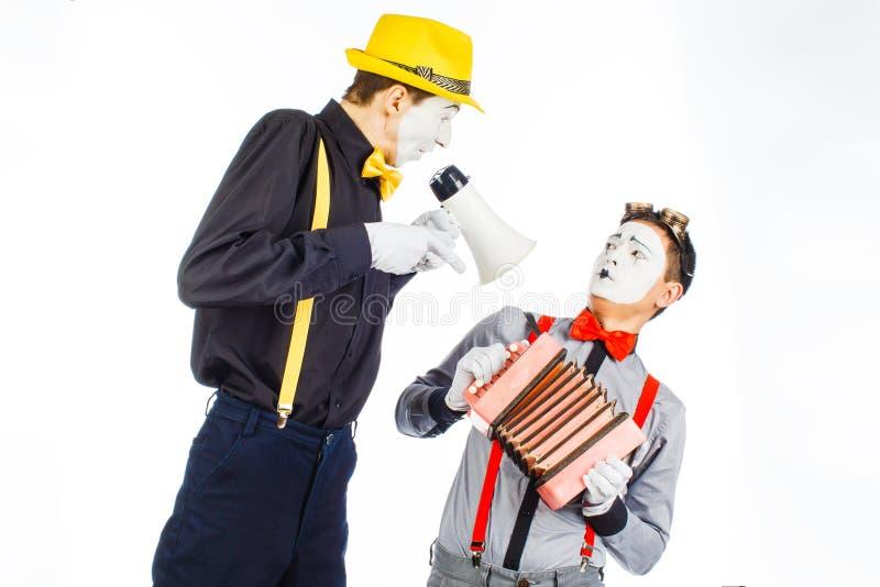 Clown twee, BOOTST, opzichtige Megafoon na De uitdrukking van emoties O royalty-vrije stock afbeelding