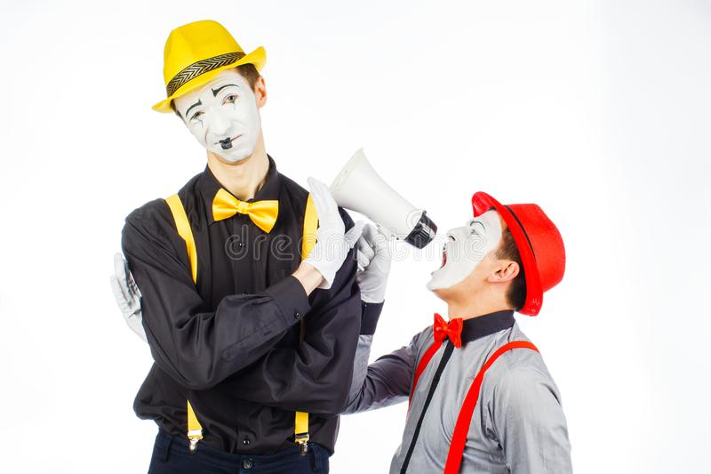 Clown twee, BOOTST, opzichtige Megafoon na De uitdrukking van emoties O royalty-vrije stock foto