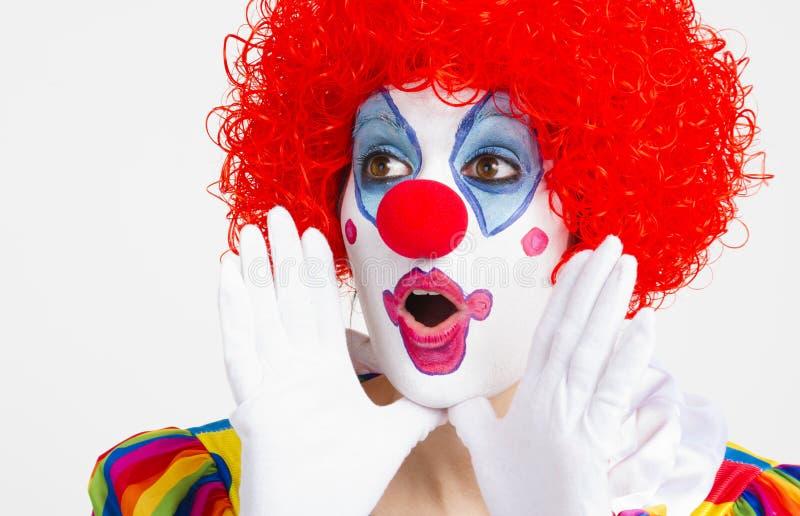Clown Yelling Extreme Close herauf hellen schönen weiblichen Ausführenden lizenzfreie stockfotografie