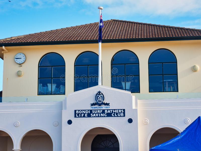 Club de la salvación de vidas de los bañistas de la resaca de Bondi, Sydney, Australia imagenes de archivo