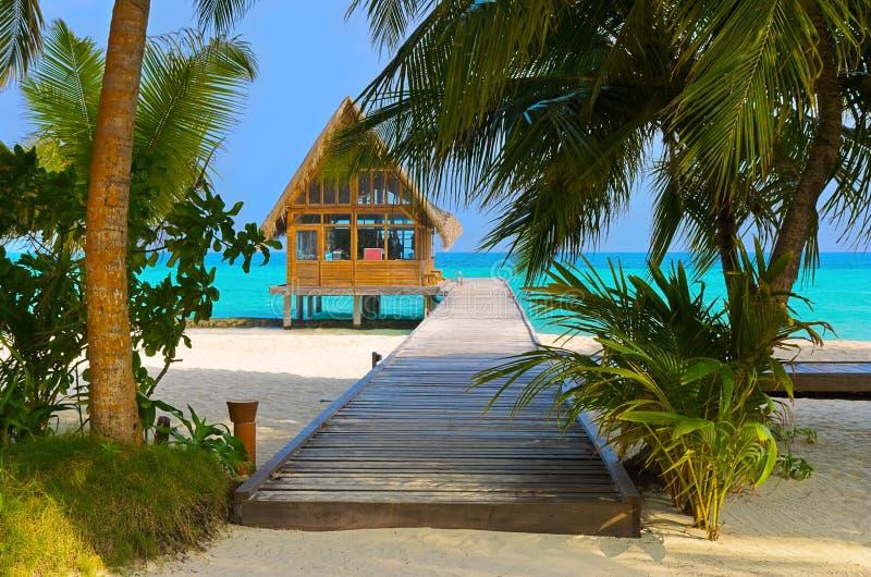 Club de plongée sur une île tropicale image stock