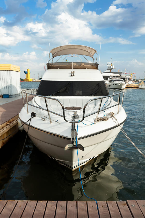 Club de yacht images libres de droits