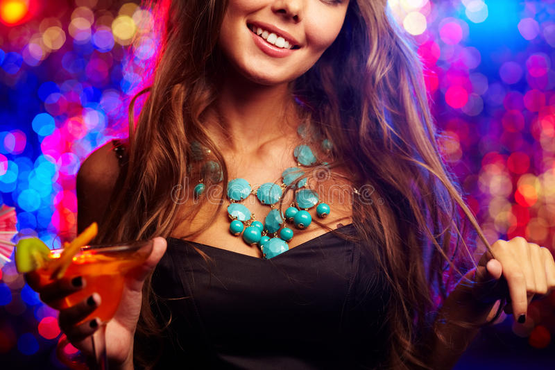 Clubber com cocktail imagem de stock royalty free