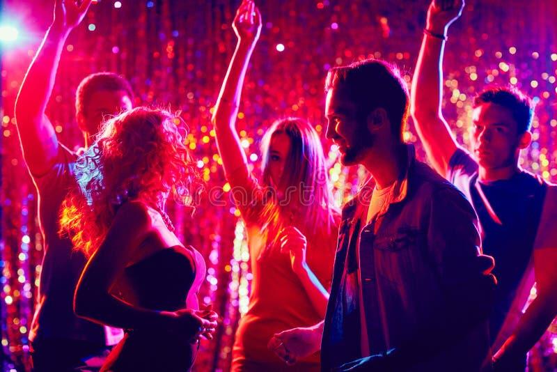 Clubbers bij disco stock fotografie
