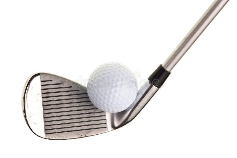 Clube e esfera de golfe imagem de stock royalty free