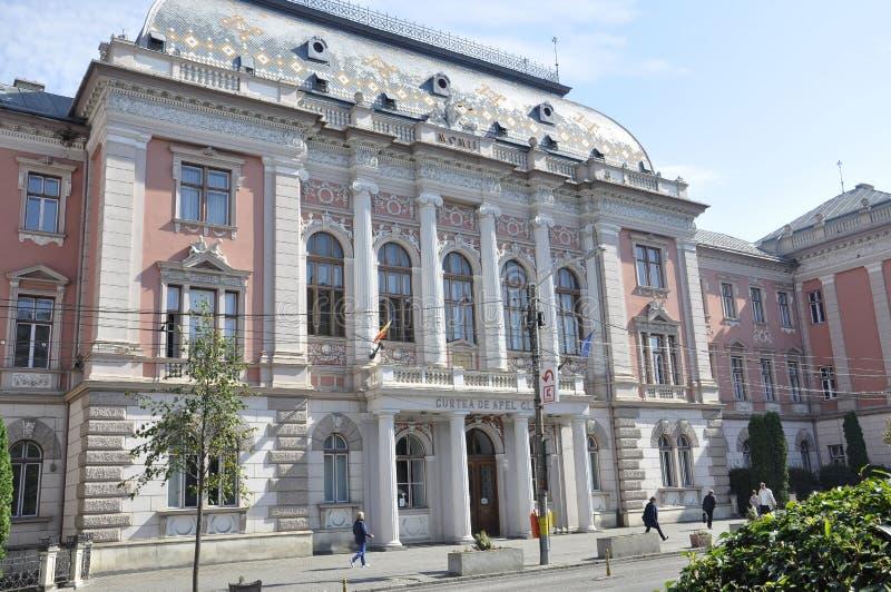 Cluj-Napoca RO, September 24th: Domstolbyggnad i Cluj-Napoca från den Transylvania regionen i Rumänien royaltyfri fotografi
