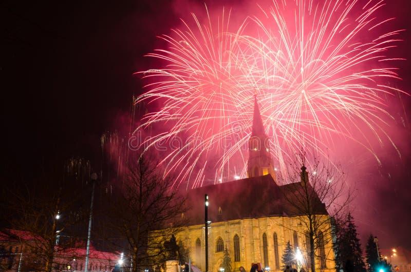 Cluj Napoca, Roumanie - 24 janvier : Feux d'artifice pour célébrer 157 ans les des principautés unies de la Moldavie et de Wallac photos libres de droits