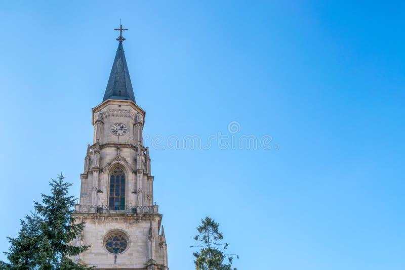 Cluj, Roemenië St Michael& x27; s Kerk in cluj-Napoca, Transsylvanië stock foto