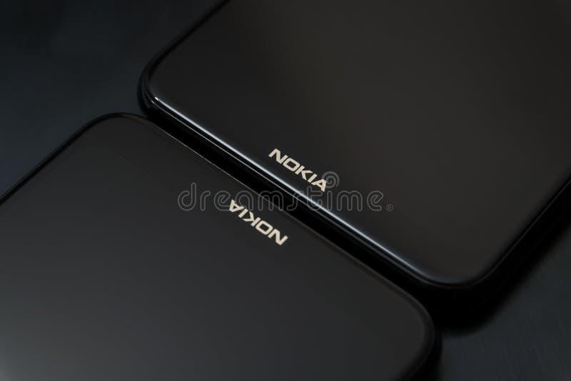 Cluj, Romênia - 13 de maio de 2019: Smartphone de Nokia feito por Nokia Corporaçõ, telecomunicações multinacionais finlandesas, i imagens de stock royalty free