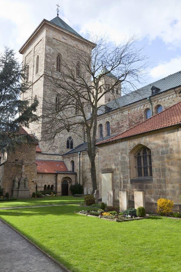 cmentarniany kościół obrazy royalty free
