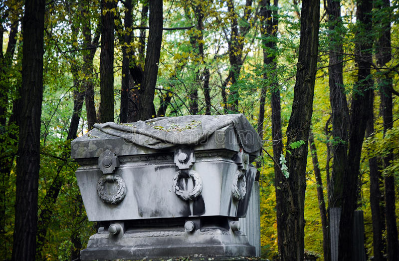 Download Cmentarz żydowski obraz stock. Obraz złożonej z grobowiec - 24753481