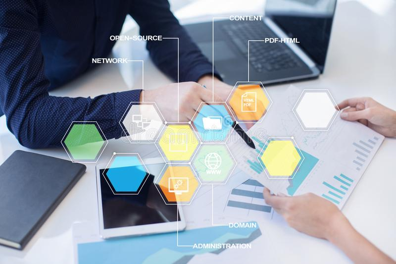 CMS Ícones satisfeitos das aplicações de sistema de gestão na tela virtual Conceito do negócio, do Internet e da tecnologia fotografia de stock royalty free