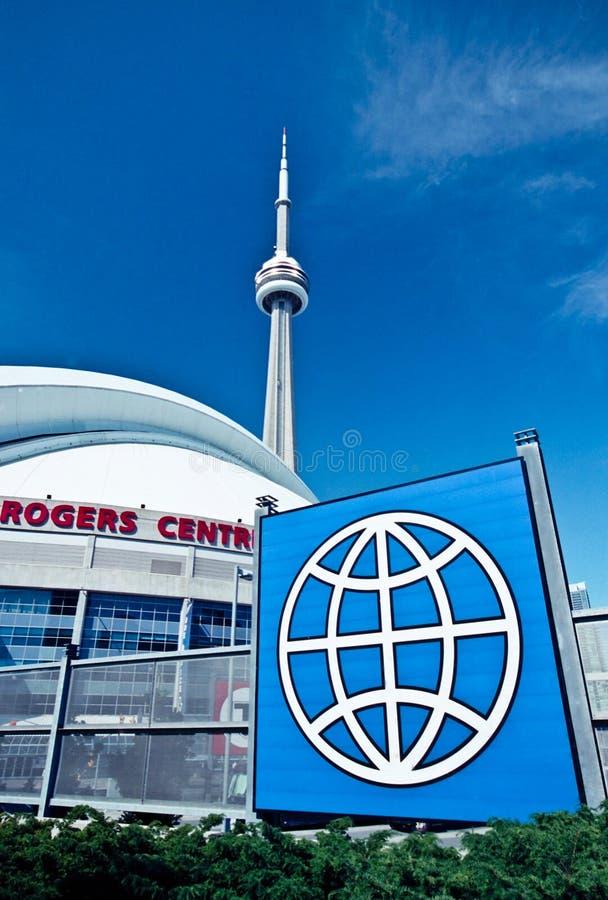CN Toren en Centrum Rogers van Toronto royalty-vrije stock afbeelding