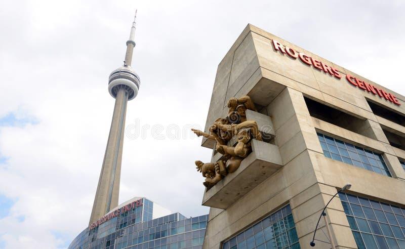 CN Toren en Rogers Centre in Toronto royalty-vrije stock fotografie