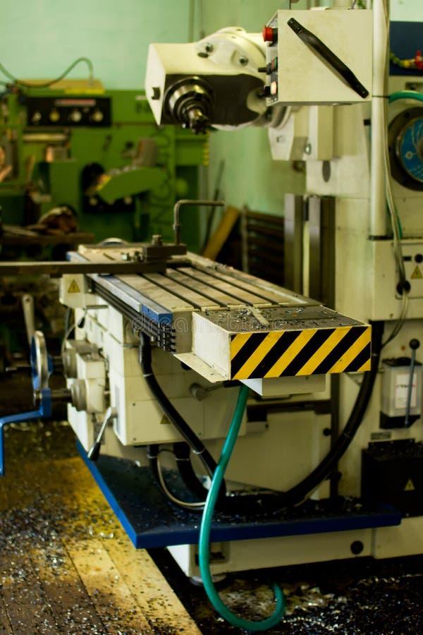 CNC钻井和碾碎 库存图片