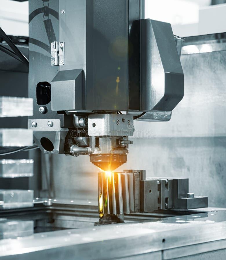 CNC de draad sneed delen van de machine de scherpe vorm royalty-vrije stock foto's