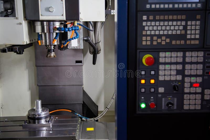 CNC mielenia maszyna zdjęcie royalty free