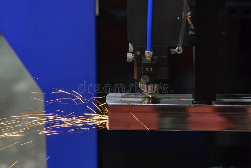 CNC vezellaser machinaal gesneden snijden de roestvrije buis royalty-vrije stock fotografie