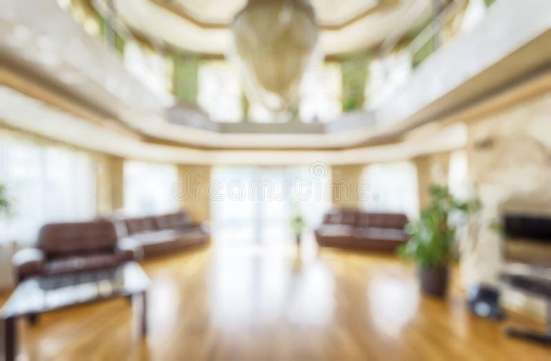 Современный интерьер жилого дома или гостиницы как творческая абстрактная предпосылка нерезкости стоковые изображения