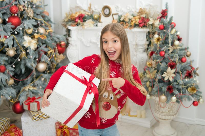 Co był niegrzeczny w tym roku xmas online zakupy Rodzinny wakacje szczęśliwego nowego roku, Zima Ranek przed Xmas trochę zdjęcia stock