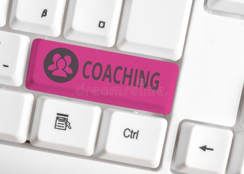 Coaching för handskriftstext Begrepp som att visa stöd för klienten när det gäller att uppnå specifika demonstrationsmål arkivfoto