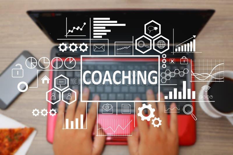 Coachning i affärsidé royaltyfria bilder