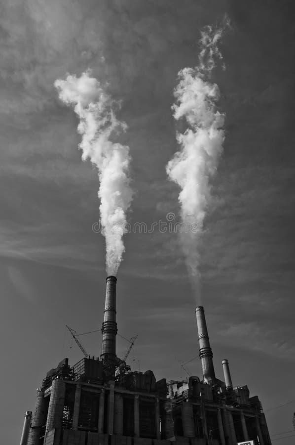 Free Coal Burning Plant Royalty Free Stock Photos - 18687878