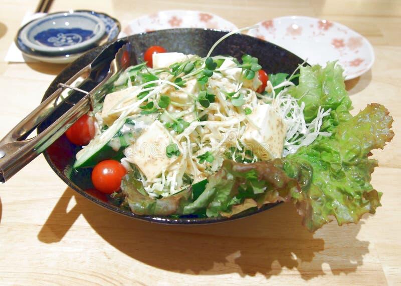 Coalho e vegetais japoneses de feijão da salada fotos de stock