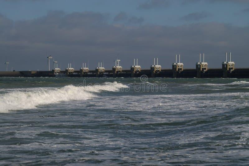 Download Coast holländskt skydd fotografering för bildbyråer. Bild av avlägset - 504695